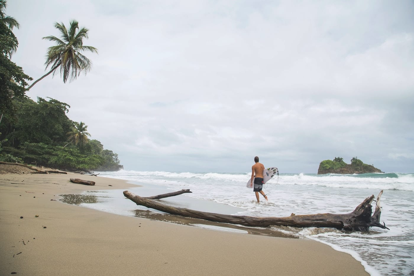 Puerto Viejo, Costa Rica: The Complete Surf Camp Guide
