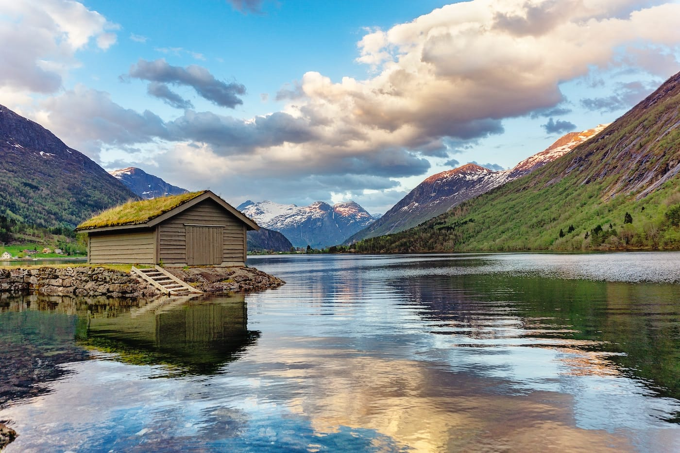 Top 16 Best Hiking & Trekking Tours in Norway